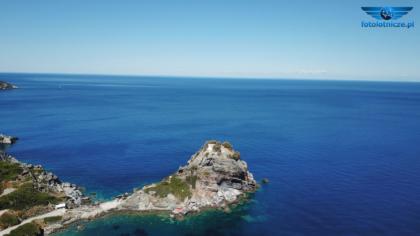 Kościół św. Jana i plaża Agios Ioannis Beach
